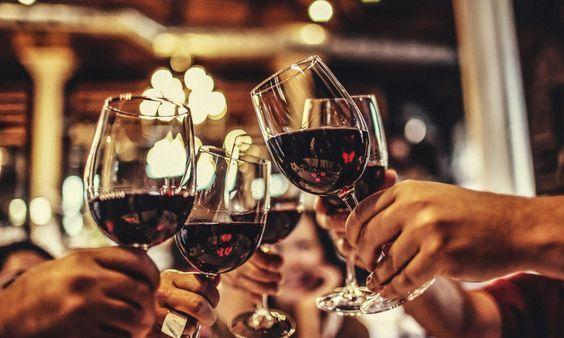Gli italiani e il vino: una lunga storia d'amore