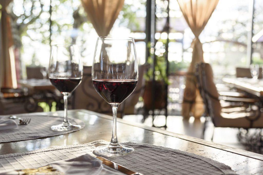 misure sostegno vino ristorazione
